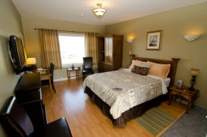 Check out room #2 at the Evergreen with a modern kitchenette, flatscreen tv, fireplace and 4 pc bath.